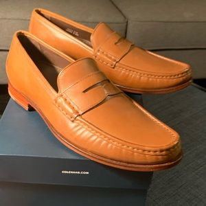 Cole Haan Light leather Loafer (Nike Air) *NEW*